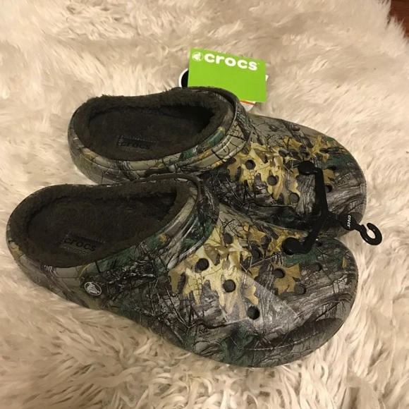 cd5c4e09f53c Men s Crocs Winter Realtree Xtra Clog